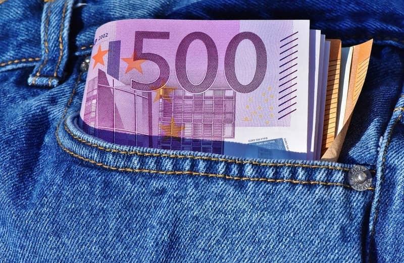 Com salário de 800 euros, quanto receberá um funcionário público em 2020?