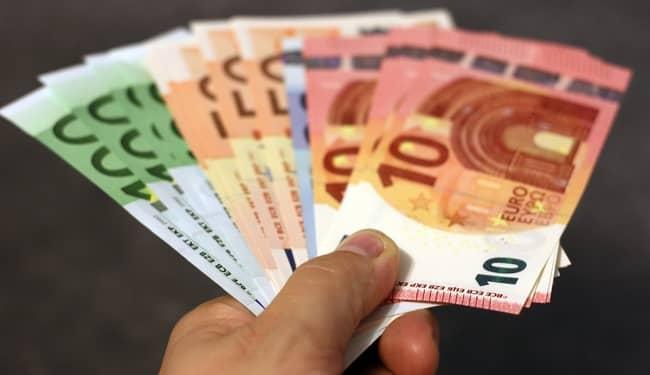 empréstimos particulares pelo OLX e Facebook