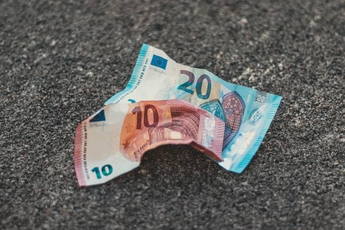 Que valor terei de pagar à Segurança Social de contribuição mensal