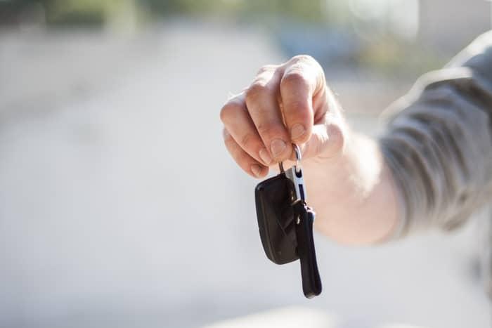 Como saber se um carro tem seguro através da matrícula